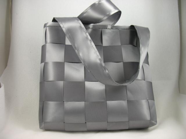 ribbon purse