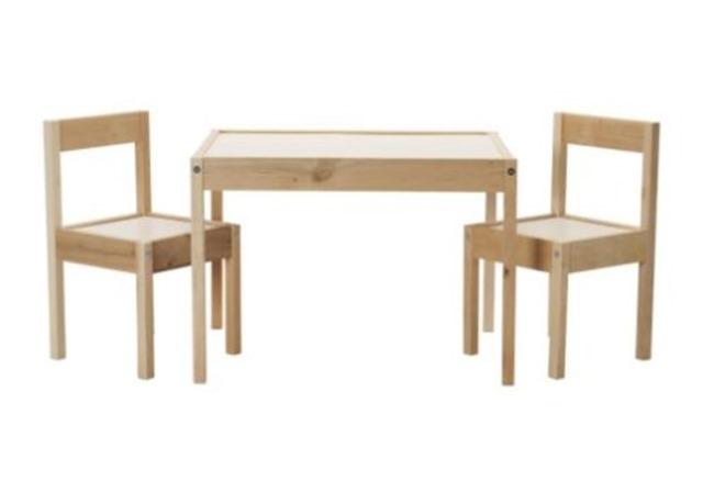 ikea-table-kids-chairs